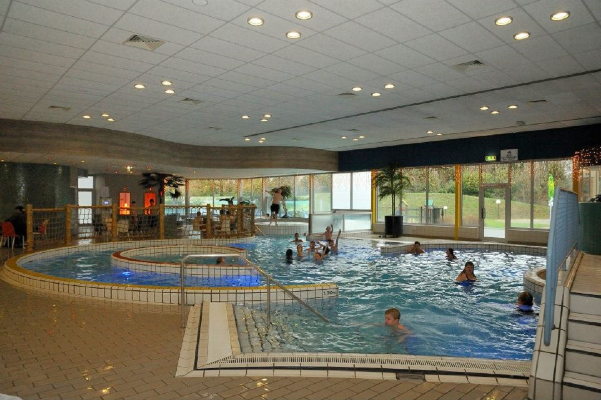 Zwembad De Rozengaarde